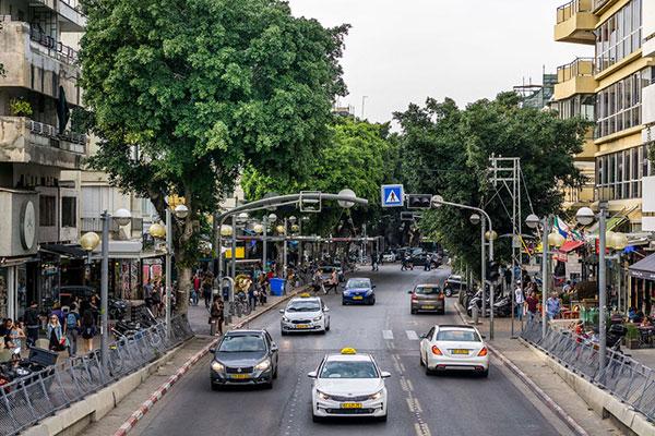 Dizengoff Street em Tel Aviv