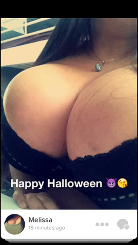 Tinder-moment-happy-halloween