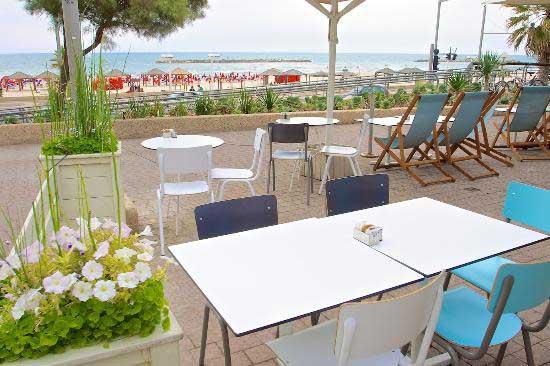 Cafe Bistro Masada