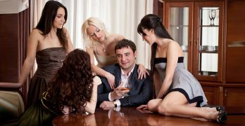 Como seduzir e conquistar uma mulher em qualquer país do mundo