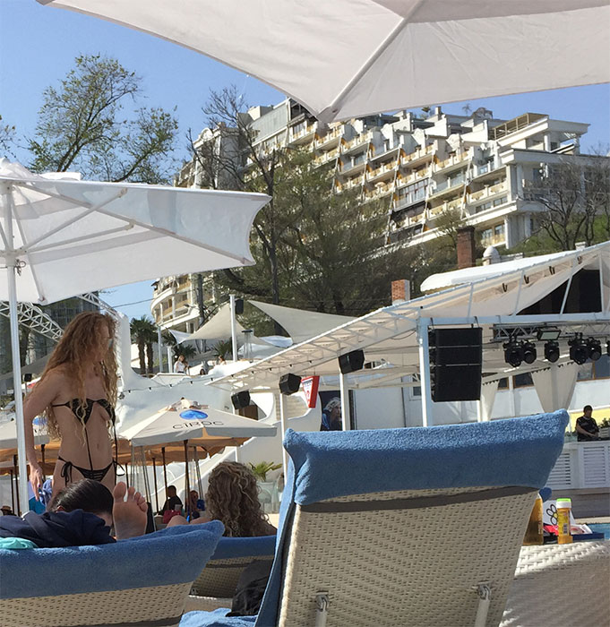 Topless no Ibiza Beach Club