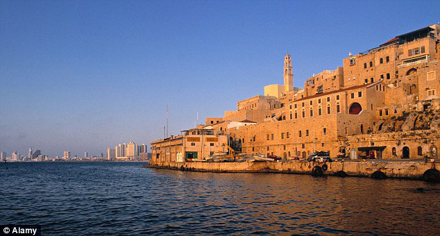 Old Jaffa e Tel Aviv lá no fundo