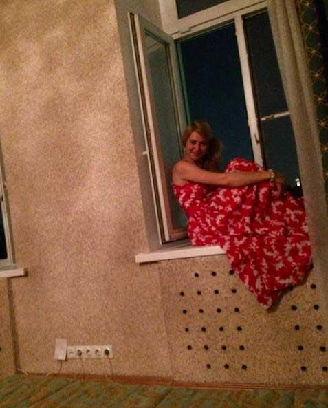 Russa doida na minha janela