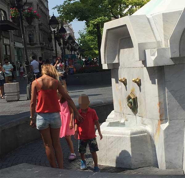 Mulheres loiras na Sérvia